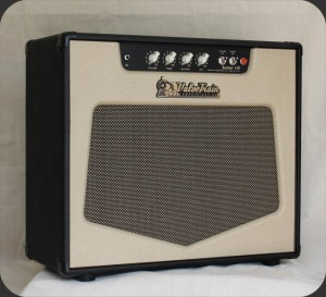 ValveTrain Bunker Hill - British Voiced 14 Watt Tube Amp - Front View