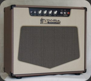 ValveTrain Trenton - Hand Wired 4 Voice Tube Amp - Front View